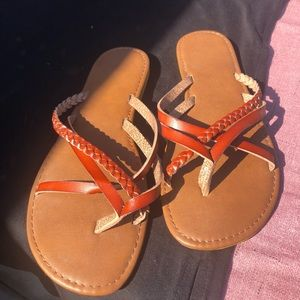 New Kohl's brown sandals in size 9-10